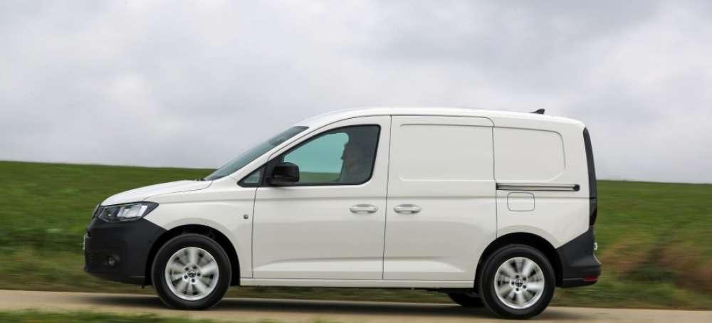 Adif renueva su flota con Volkswagen Vehículos Comerciales